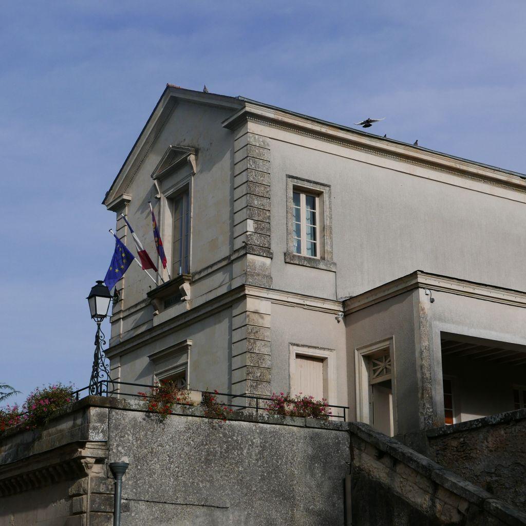 Mairie Brion